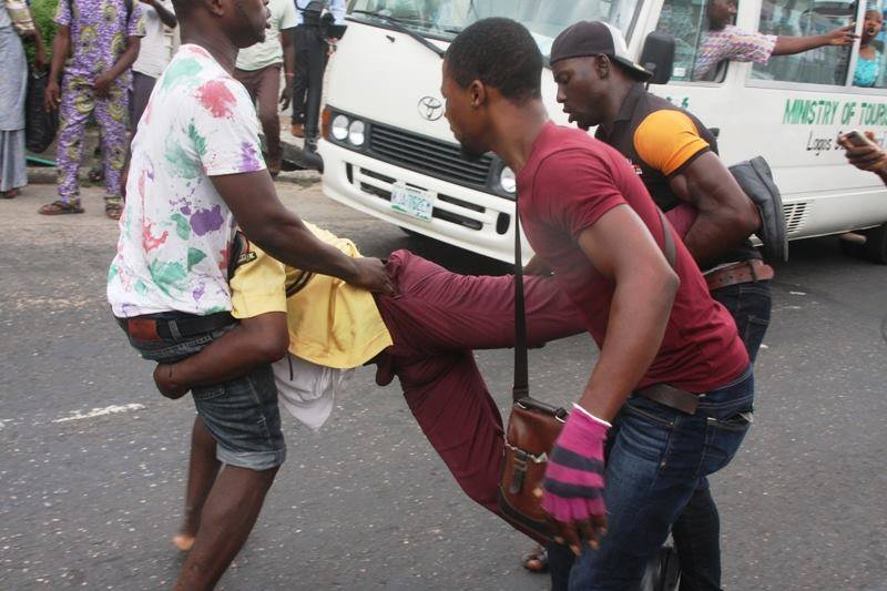 Tricycle-rider-attacking-LASTMA-official