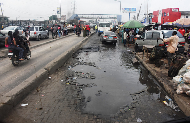 Pic.1.-Bad-road-at-Ketu-along-Ikorodu-way-in-Lagos