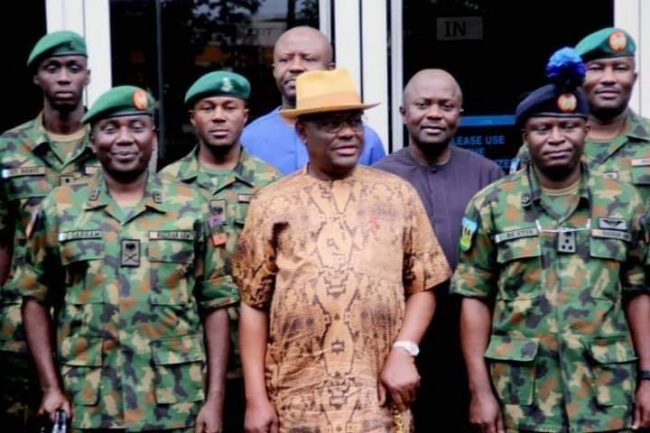 Wike with Maj.-Gen. Jamil Sarhem, left and his team