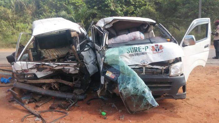 Accident The accident scene in Anambra on Saturday Nov.23 (NAN)