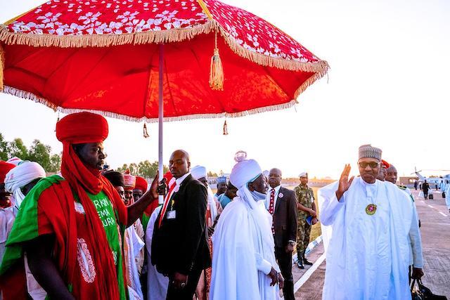Buhari with Emir of Daura Alhaji Umar Farouk Umar 2
