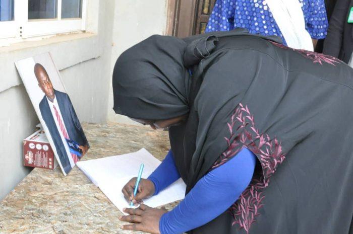 Deputy Governor Hadiza Balarabe signs the condolence register