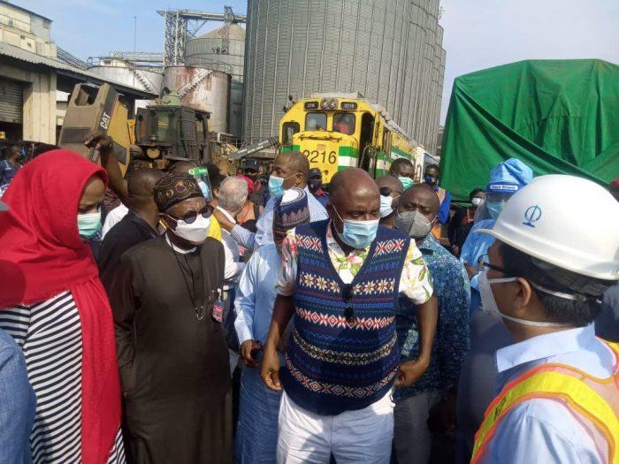 Amaechi, 2nd right and La Mohammed at Apapa Port on Saturday