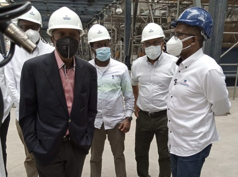 CBN governor Emefiele with Aliko Dangote during an inspection of the refinery on Saturday