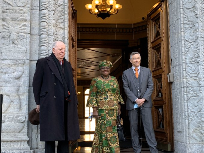 Ngozi Okonjo-Iweala with officials of WTO