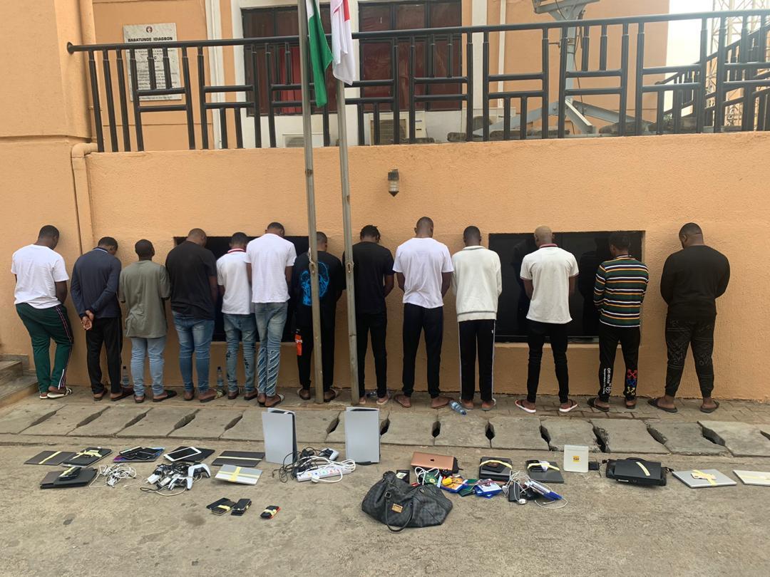 Yahoo boys arrested in Abuja