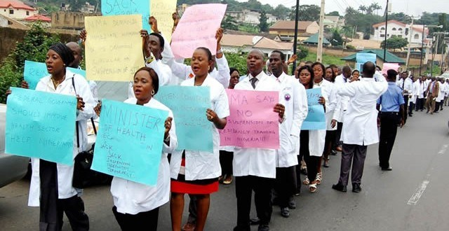 Rivers threatens to sack resident doctors