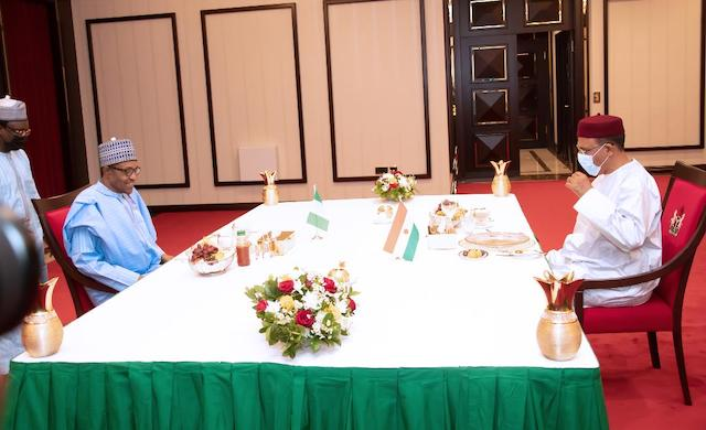 Buhari and Bazoum at the presidential dinner table