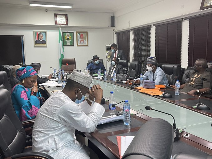 Doctors and FG officials at the meeting. Photo Festus Keyamo