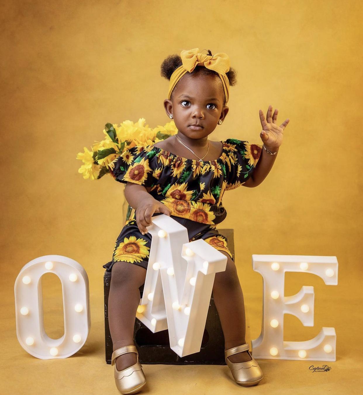 Adejare: celebrated by Simi, Adekunle Gold