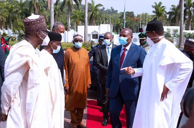 Buhari introduces his officials to President of Central African Republic (CAR) H.E Prof Faustine Archange Touadera