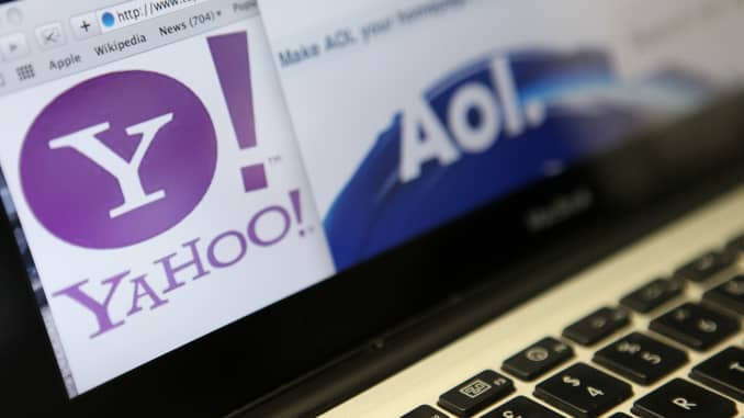 Verizon sells Yahoo, AOL