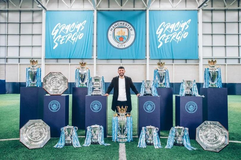 Sergio Aguero joins Barcelona