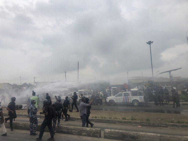 Sporadic gunshot in Ojota as police disperse agitators