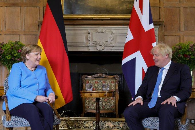Boris Johnson and Angela Merkel: No agreement on Wembley crowd