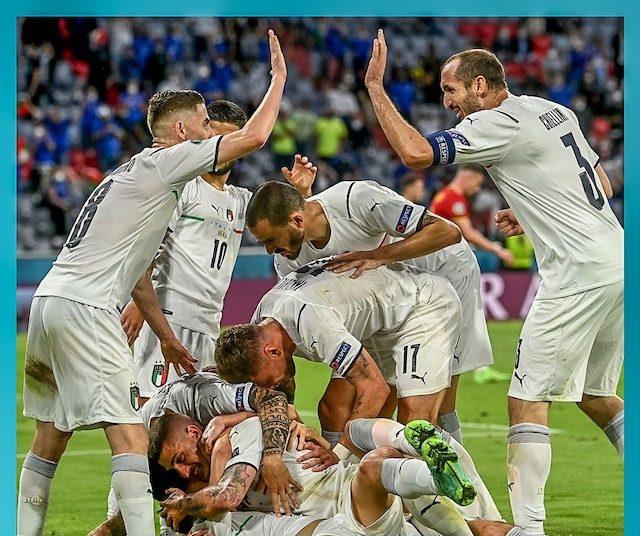 Italian team celebrate their semi-final ticket in Euro 2020 after beating Belgium