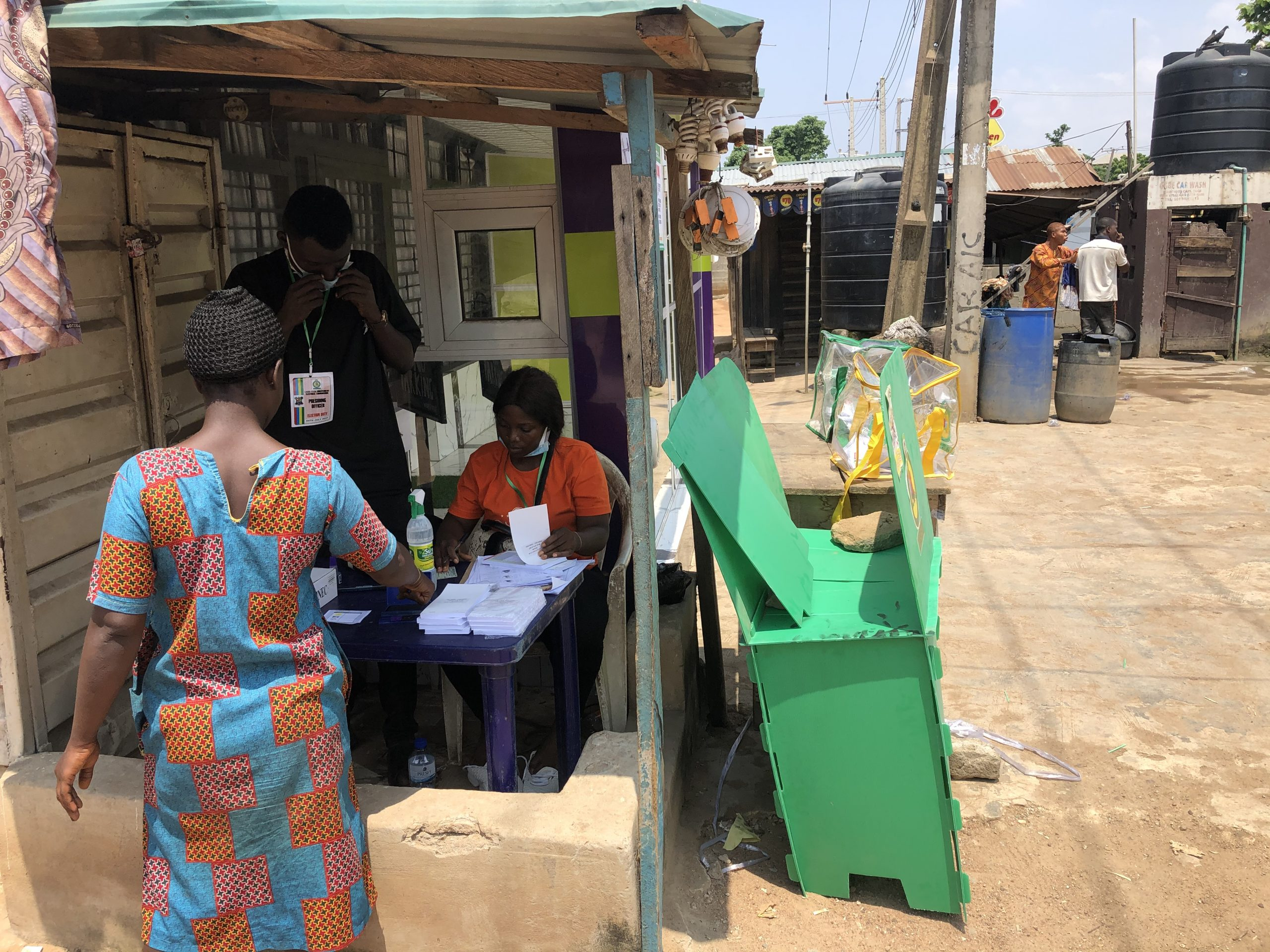 Polling unit in Lagos: residents shun council election