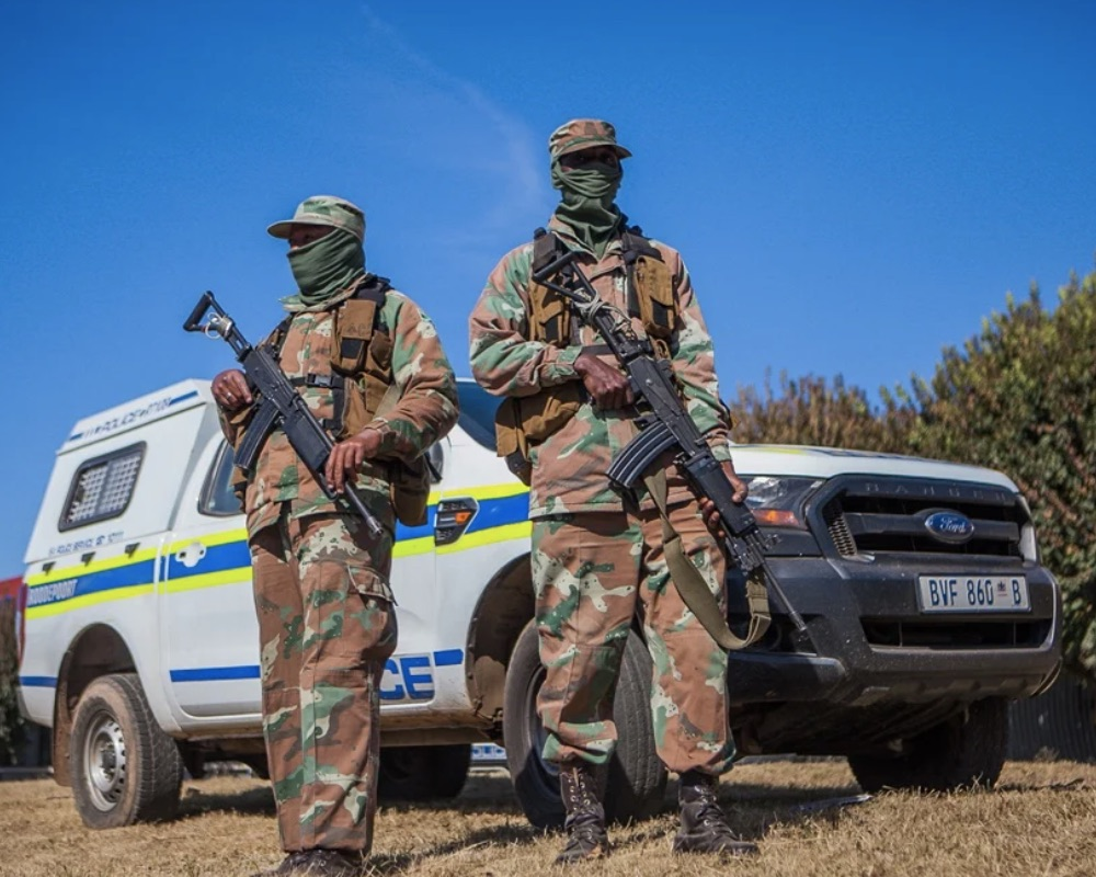 South African soldiers going to Mozambique