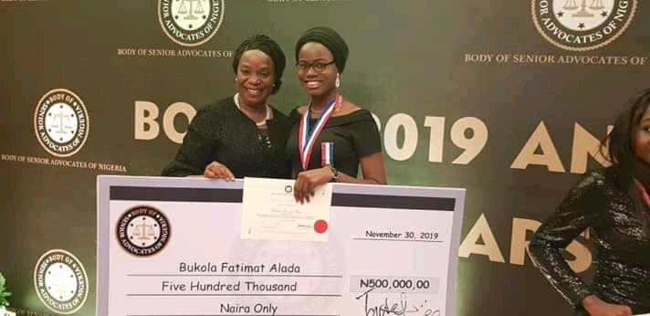 Bukola Fatima Alada bagging N500,000 scholarship by the Body of Benhers in December 2019