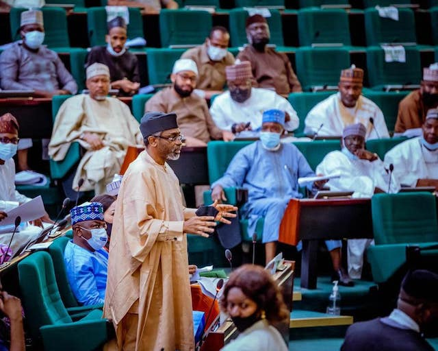 Speaker Gbajabiamila and other members during the discussions on Electoral Bill and PIB on Friday