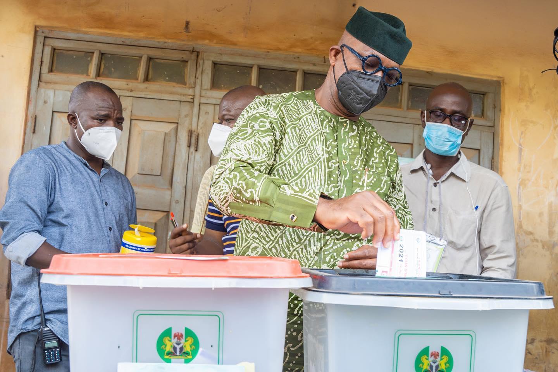 Governor Abiodun votes in Iperu