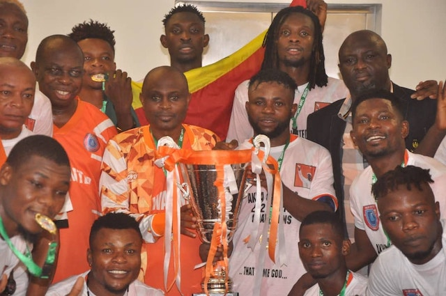 Akwa United players flaunt their trophy: Victory parade on Monday