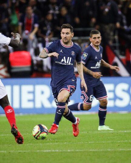 Lionel Messi makes PSG debut against Reims