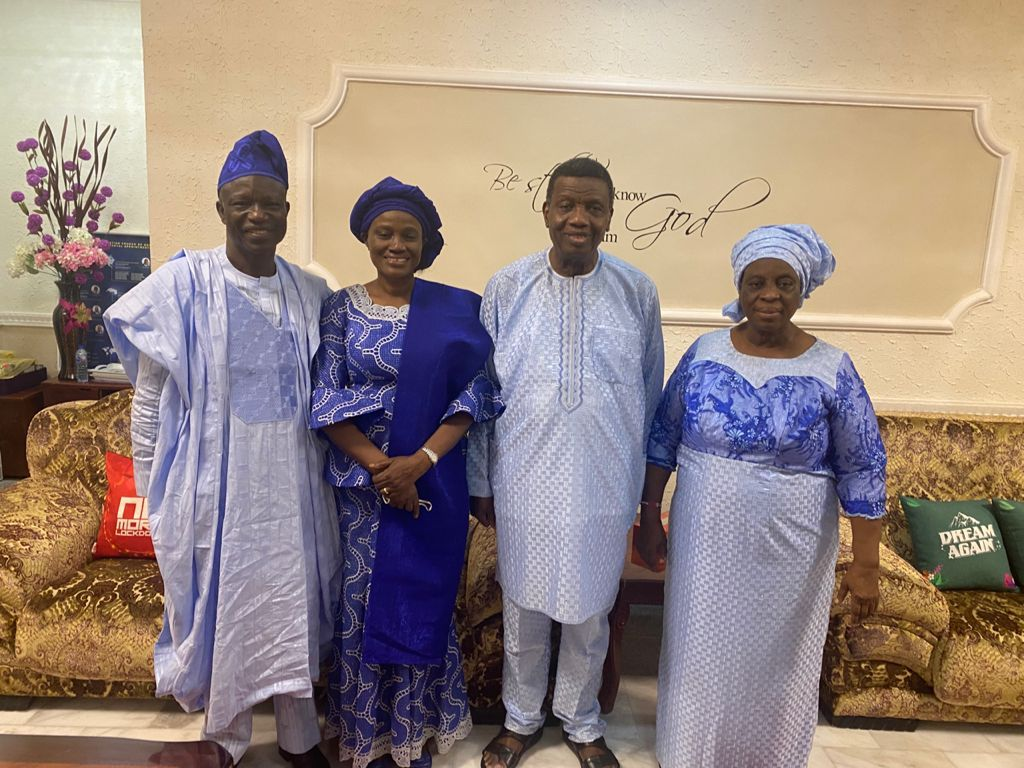 Bishop Francis Wale Oke and his wife with Pastor Enoch Adeboye and his wife