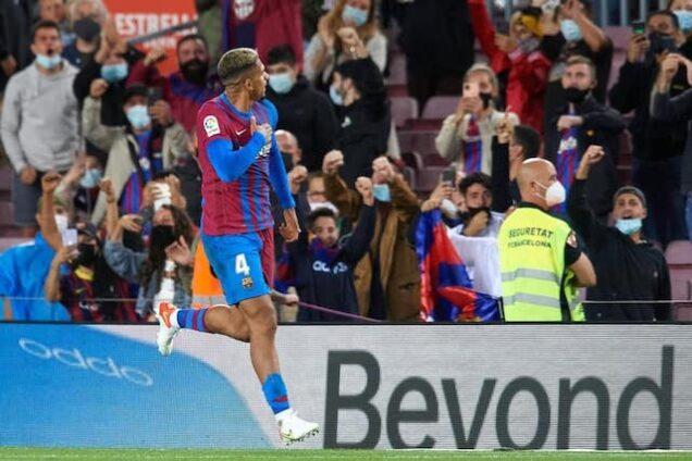 Araujo celebrates equaliser for Barcelona on Monday