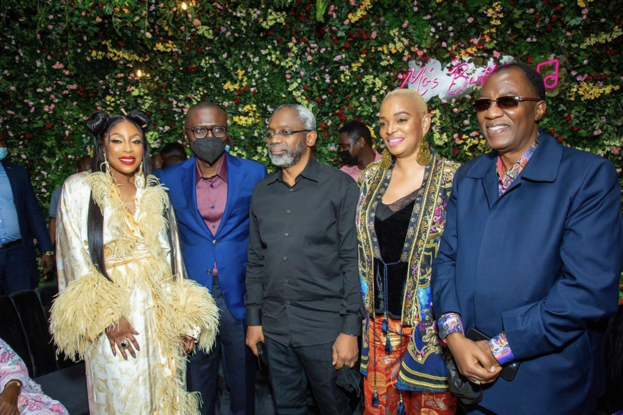 CEO of EbonyLife, Mo Abudu with Governor of Lagos State, Mr Babajide Sanwo-Olu, Speaker House of Representatives, Femi Gbajabiamila, a guest and former governor of Ogun State, Otunba Gbenga Daniels at the dinner