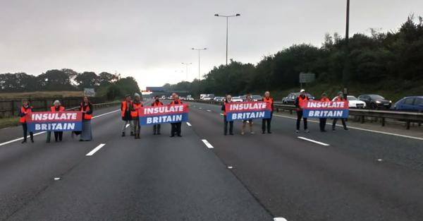 Climate Protesters block M25 highway in UK