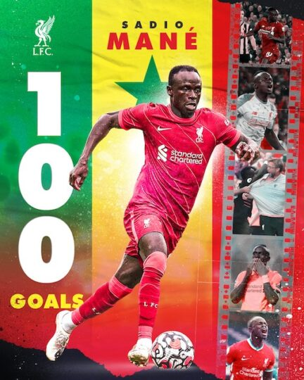 Liverpool celebrate Sadio Mane