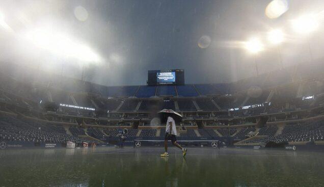 Rain stops US Open