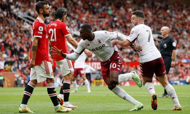 Manchester United bow to Aston Villa