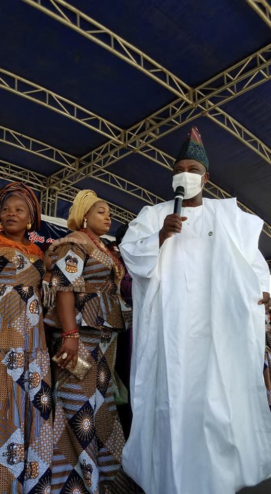 Ibikunle Amosun addresses his kinsmen at the event