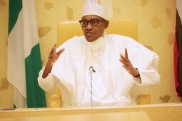 Buhari's govt bumbling says London Economist