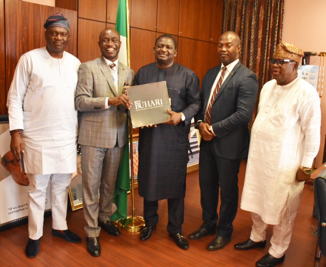 Special Adviser to the President on Media and Publicity, Femi Adesina flanked L-R by Dr Adetayo Haastrup, CIPM President Olusegun Mojeed, Henry Unakpor Vice President CIPM and Shola Oshunkeye