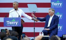 Obama campaigns for Terry McAuliffe in Virginia