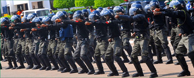 Personnel-of-the-Nigerian-Police-Force-1