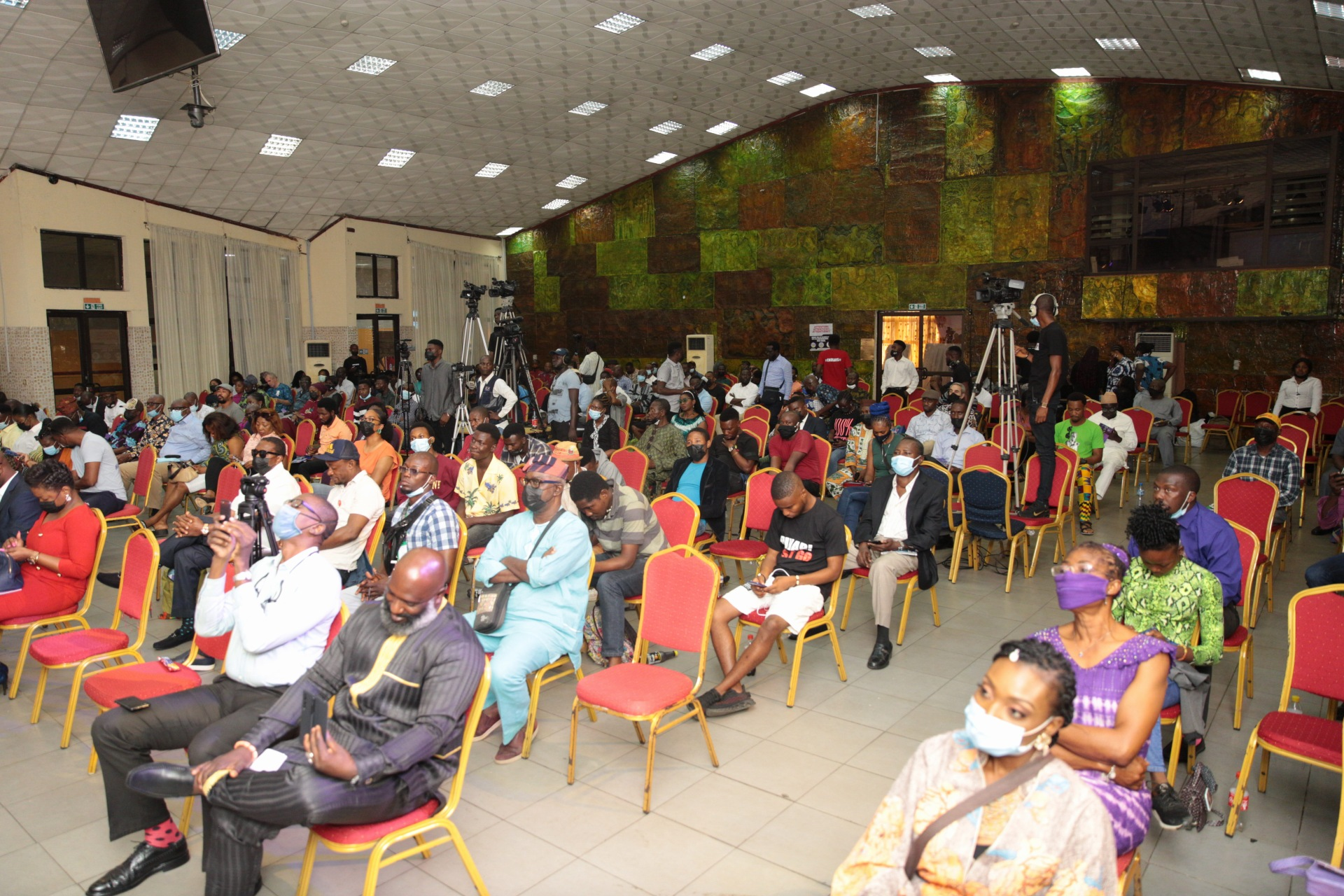 Cross-section of the attendees., Omobaba