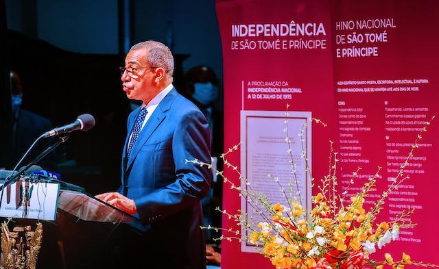 President Carlos Vila Nova of Sao Tome delivers inaugural address