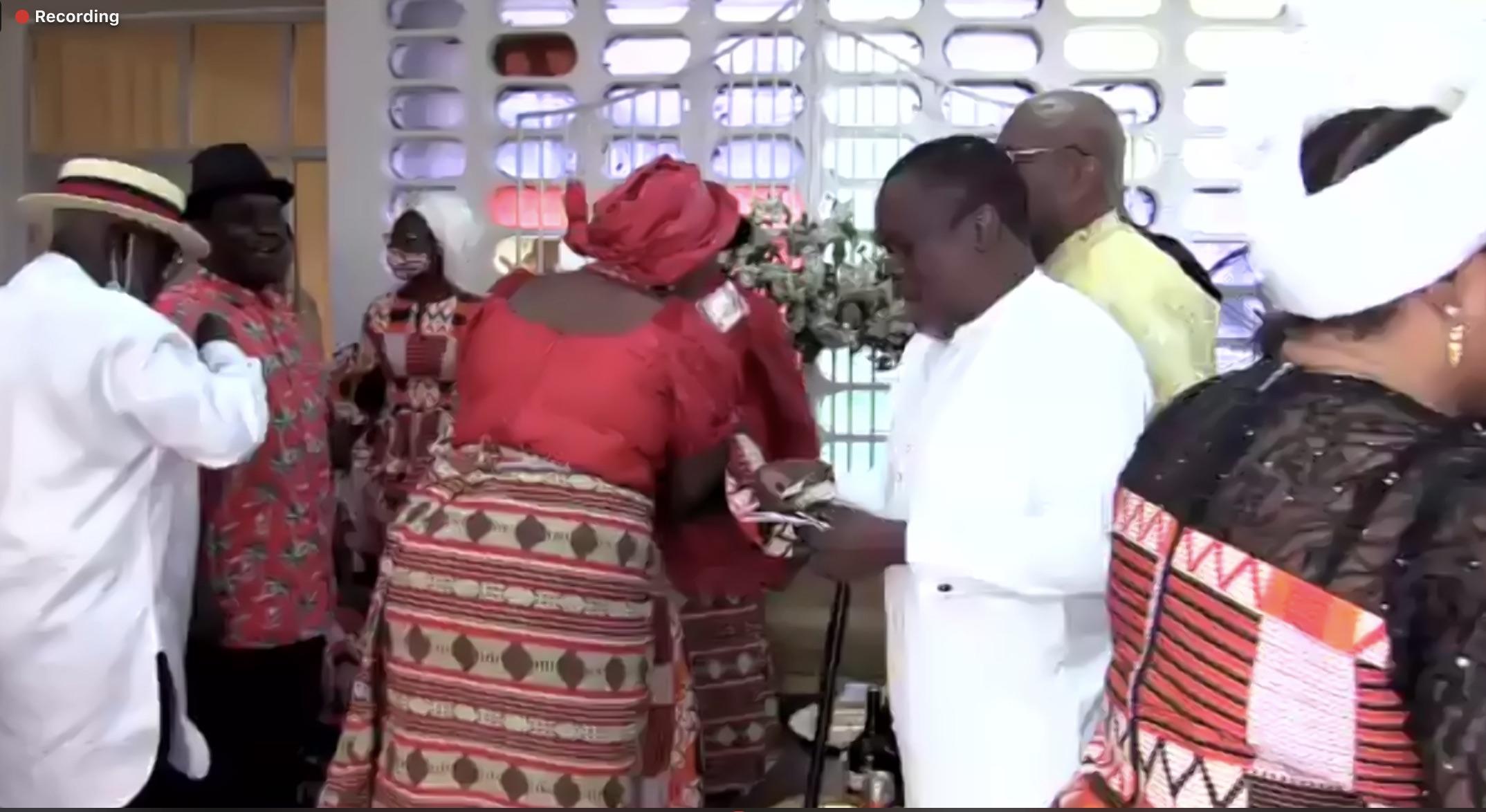 The wedding dance Erumena with her husband